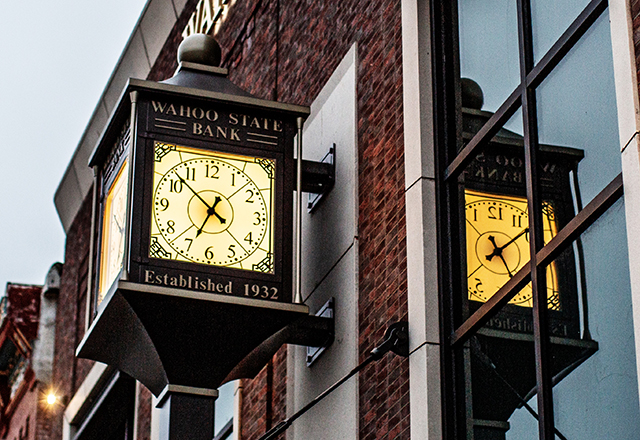 Wahoo State Bank Established 1932 Clock on exterior of downtown faciilty
